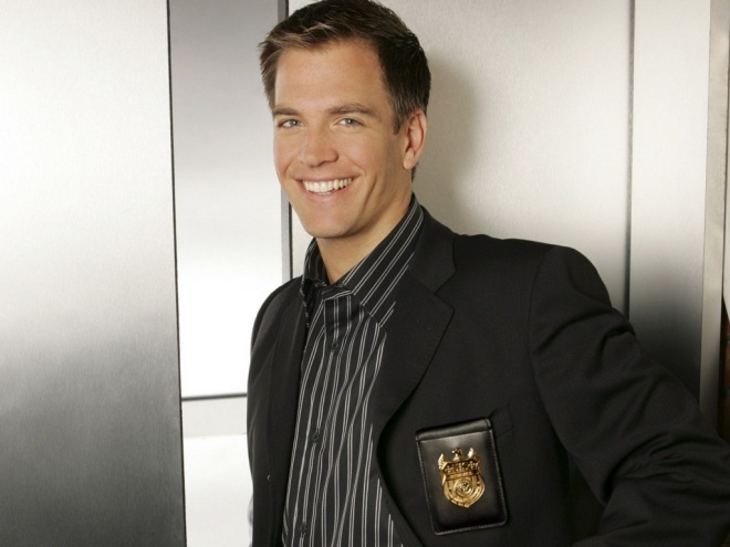 Tony-Wallpaper-anthony-tony-dinozzo-25940383-1024-768