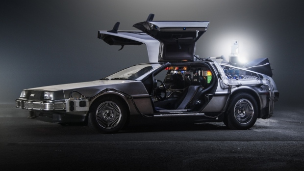 back-to-the-future-delorean-time-machine