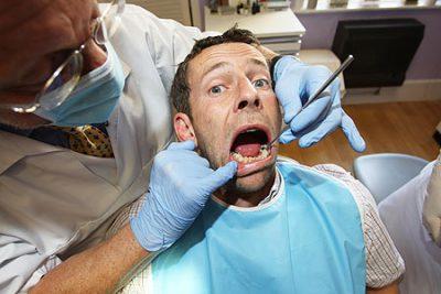 Fear-of-dentist-chair-400x267